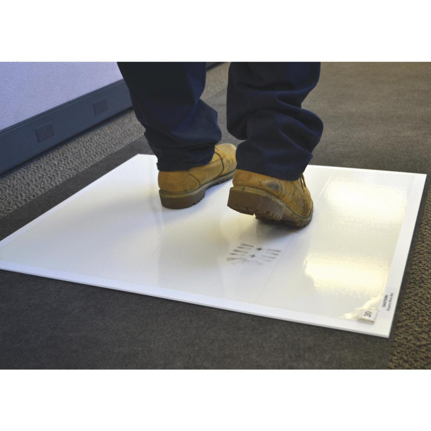 Surface Shields Step N Peel Clean Mat 25.5 In. x 31.5 In. Floor Protector Image 3